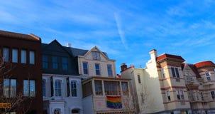 Uma fileira de construções arquitetonicamente bonitas coloridas fotos de stock royalty free