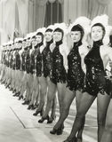 Uma fileira de meninas de coro Fotos de Stock Royalty Free