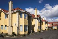 Townhouses modernos Imagens de Stock Royalty Free
