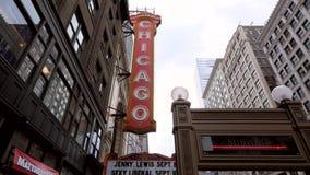 Uma filtração disparou através do sinal do teatro de Chicago video estoque