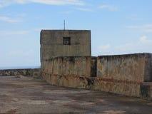 Uma fortaleza velha histórica que mostra sua idade Fotos de Stock Royalty Free