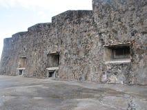 Uma fortaleza velha histórica que mostra sua idade Foto de Stock