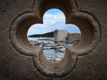 Uma foto artística do porto velho fotos de stock royalty free