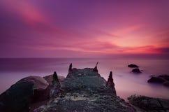 Cena clara surreal e místico da praia fotos de stock