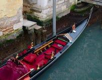 Uma gôndola venetian de cima de Fotos de Stock