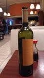 Uma garrafa de wine_2 Imagem de Stock