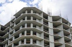 Uma grande vista da construção sob a construção Fotos de Stock