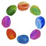 Uma grinalda de ovos da páscoa coloridos Isolado watercolor Imagem de Stock Royalty Free