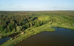 Uma ideia aérea do desgaste do rio Imagens de Stock