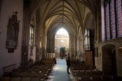 Uma ideia do interior e da nave da abadia de Crowland, Lincolnshire, fotografia de stock royalty free
