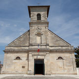 Uma igreja de pedra velha imagens de stock