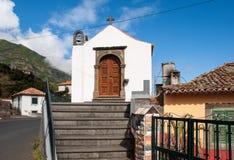 Uma igreja velha muito pequena no Sao Vicente em Madeira Fotografia de Stock Royalty Free
