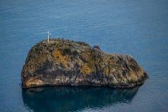 Uma ilha pequena no mar Foto de Stock Royalty Free