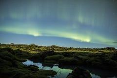 Aurora boreal em Islândia fotos de stock