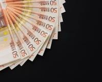 Uma imagem do fim-acima de 50 euro- cédulas do dinheiro Fotos de Stock Royalty Free