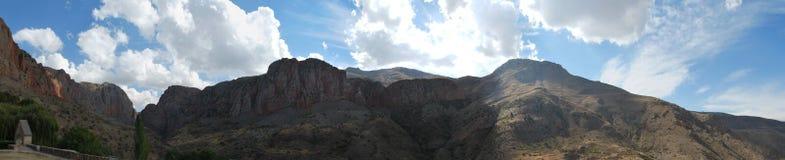 Uma imagem do panorama do monastério ortodoxo Noravank em Armênia Fotografia de Stock