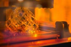 Uma impressora da estereolitografia 3d Fotografia de Stock Royalty Free