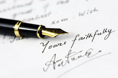 Uma letra escrita à mão Fotografia de Stock Royalty Free