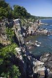 Uma linha rochosa da costa. Bornholm, Dinamarca. Imagens de Stock Royalty Free