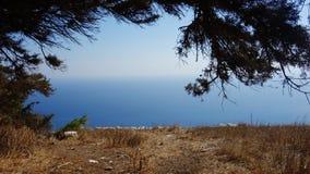 Uma mar-vista wounderful em Santorini, Grécia imagens de stock royalty free