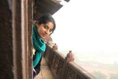 Uma menina indiana no palácio de Orcha Fotografia de Stock Royalty Free