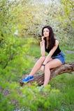 Uma menina na natureza Fotografia de Stock Royalty Free