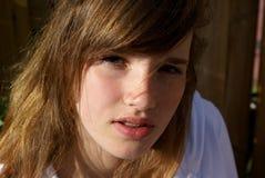Uma menina séria. Fotografia de Stock Royalty Free