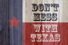 Uma mensagem velha rústica de Texas imagens de stock