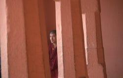 Uma monge em Bodh Gaya Imagens de Stock Royalty Free