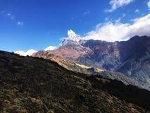 Uma montanha em Nepal fotografia de stock