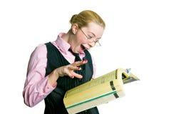 Uma mulher com um diretório Foto de Stock