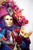 Uma mulher no traje no carnaval de Veneza Fotografia de Stock Royalty Free