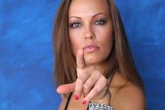 Uma mulher nova bonita Retrato imagem de stock royalty free