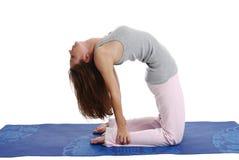 Uma mulher que faz a ioga Foto de Stock Royalty Free