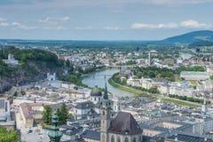 Uma opinião da paisagem de Salzburg, Áustria Foto de Stock Royalty Free