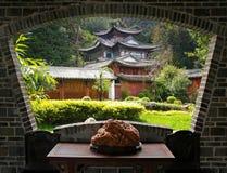 Uma opinião do cenário de Lijiang Imagem de Stock Royalty Free