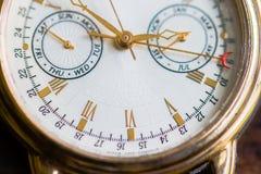 Uma opinião do macro do relógio Fotos de Stock