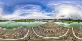 Uma opinião sem emenda esférica de um panorama de 360 graus no equirectangula Fotos de Stock Royalty Free