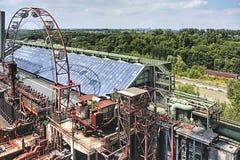 Uma outra parte do ` abandonado de Zollverein do ` de Zeche da mina de carvão em Essen fotos de stock royalty free
