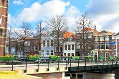 Uma paisagem holandesa típica da cidade. foto de stock royalty free