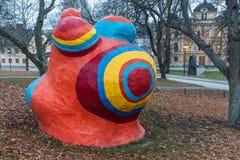 Uma parte de Le Paradis Fantastique Paradise fantástico, escultura 1967 pelo artista francês Niki de Saint Phalle, em Éstocolmo, fotos de stock royalty free