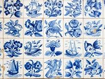 Uma parte de um azulejo azul velho em Portugal Foto de Stock Royalty Free