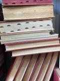 Uma pilha de livros velhos foto de stock