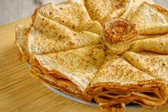 Uma pilha de panquecas fritadas Fotografia de Stock