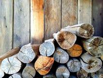Uma pilha dos firewoods Fotografia de Stock