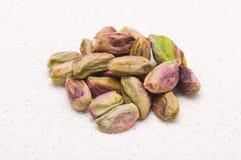 Uma pilha dos pistachios Fotografia de Stock Royalty Free