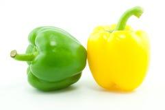 Uma pimenta verde e amarela Foto de Stock Royalty Free