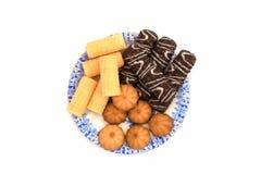 Uma placa de cookies pequenas imagens de stock royalty free