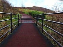 Uma ponte à parte superior da montanha Foto de Stock
