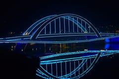 Uma ponte de néon Fotografia de Stock